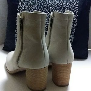 Frye Shoes - ⏩PRICE DROP⏬NWOT FRYE Ankle Boots Booties